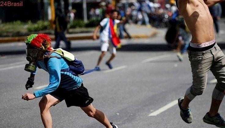 Fim de protestos devolve crianças de rua à penúria na Venezuela