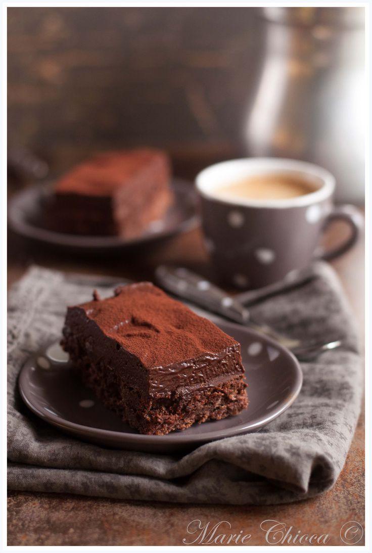 Gâteau de fête au chocolat (sans sucre raffiné)