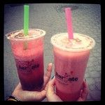 Pycha! ;D #omnomnom#pycha#pijherbate#pij#herbate#arbuz#watermelon#milk#pink#green#sweet#ice#tea#@Ashley Martz#warsaw#best#friend#instafood#20like...