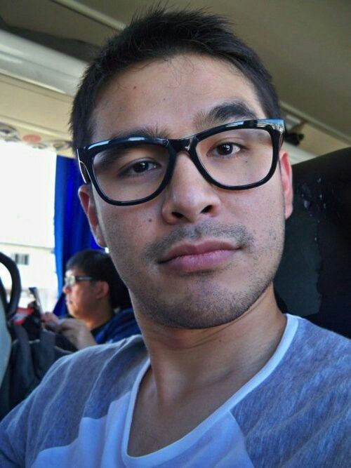 Hot and Strict Atom Araullo