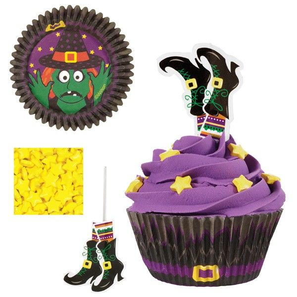 PIROTTINI muffin / cupcakes Halloween 24 PZ (diam 5 cm x 3 cm H) + 24 PICKS scarpe strega halloween + STELLINE gialle di zucchero WILTON