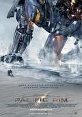 PACIFIC RIM: Cuando legiones de monstruosas criaturas, denominadas Kaiju, comienzan a salir del mar, se inicia una guerra que acabará con millones de vidas y que consumirá los recursos de la humanidad      durante interminables años. Para combatir a los Kaiju gigantes diseñan enormes robots, llamados Jaegers, que son controlados simultáneamente por dos pilotos      cuyas mentes están bloqueadas en un puente neural. Pero incluso los Jaegers proporcionan poca defensa ante los incansables Kaiju