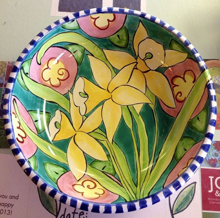 Damariscotta Pottery daffodil serving bowl