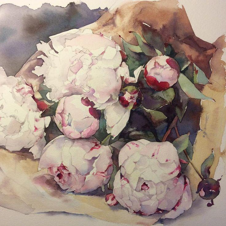 Букет розовых пионов. В прошлое посещение рынка, продавец цветов торжественно…