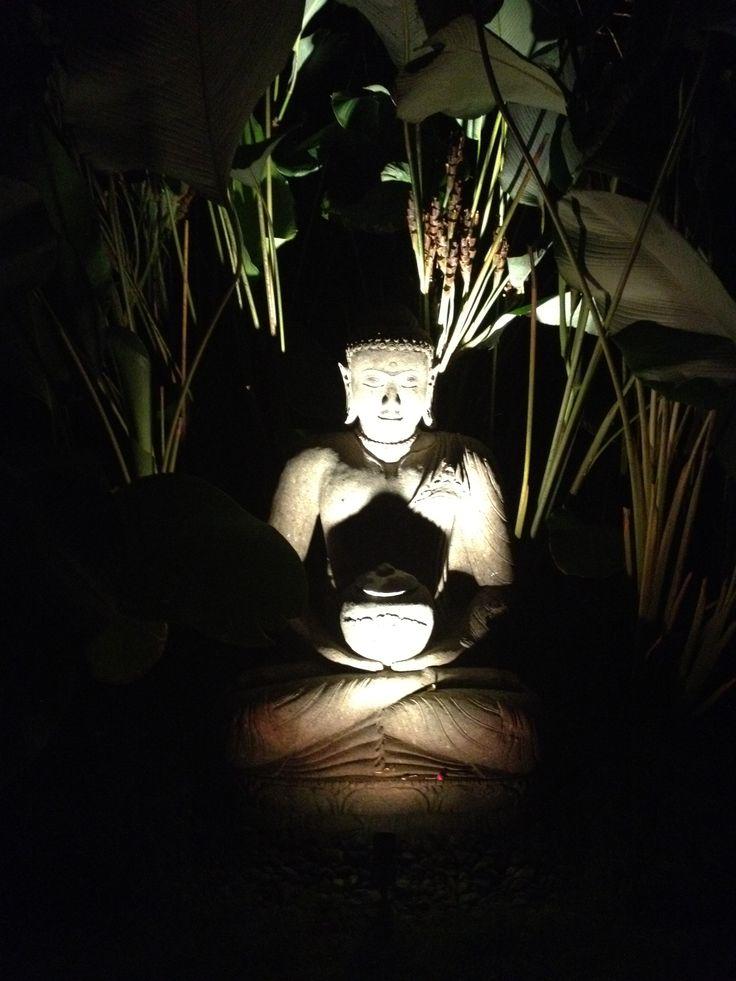 Balinese garden statue at Villa Pantai on Nusa Lembongan.