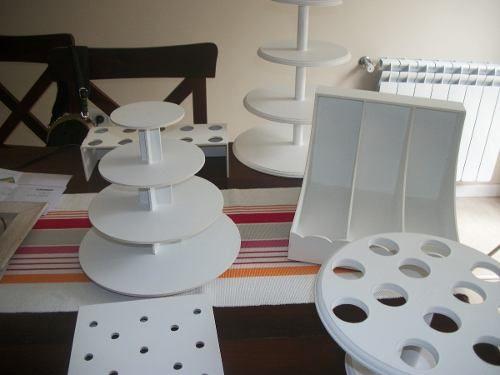 Escalones exhibidor de candy bar accesorios de trupan pinterest bar cupcake stands and - Accesorios para catering ...
