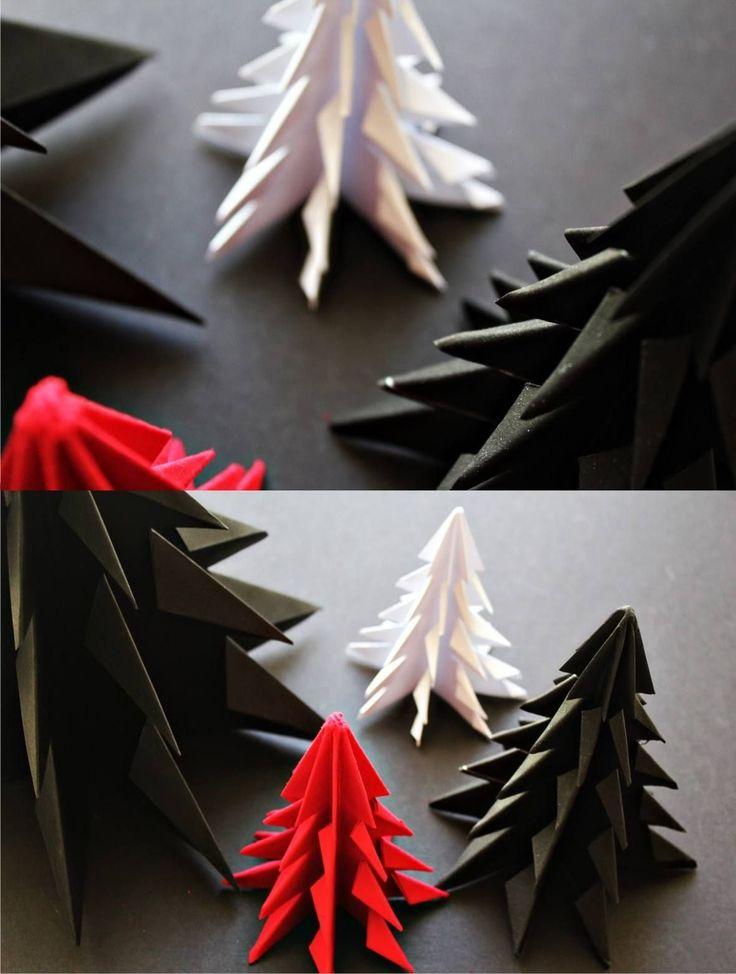 Pequeño árbol de navidad con origami