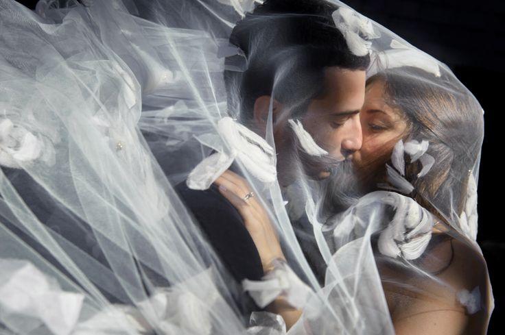 Sensational! Wedding photography by Michael Greenberg for Phototerra Studio www.phototerra.com