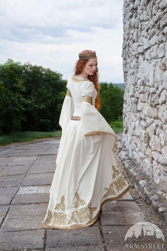 noiva medieval. #dress #wedding #casamento #medieval #inspiração