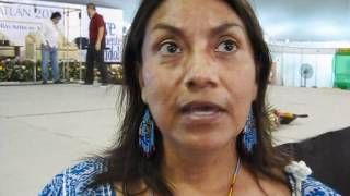 Flor Amado Peña hace resurgir la riqueza de la tradición oral mexicana a través de la palabra. Los valores universales de la lengua náhuatl puestos en relieve ...