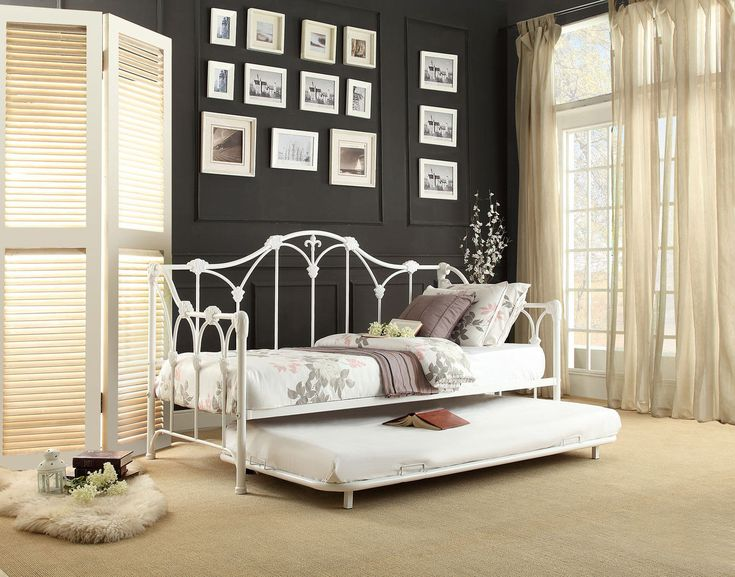 Home Elegance Julia Metal Daybed with Trundle 4961DB-NT