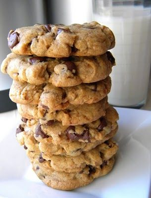 $250 Urban Legend Chocolate Chip Cookies from Coffeehouse Mystery author Cleo Coyle