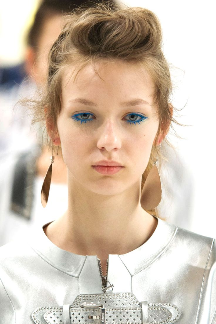 Augen Make up Trends blaue Mascara
