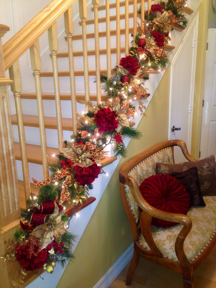 25 unique christmas staircase ideas on pinterest for Stair railing decorated for christmas