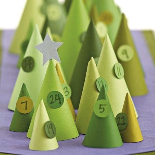DIY Christmas Tree Cone Advent Calendar #holidayentertaining