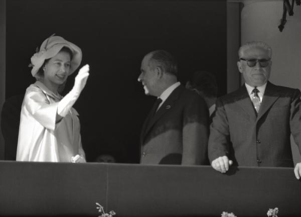 25 maggio. Queen Elizabeth