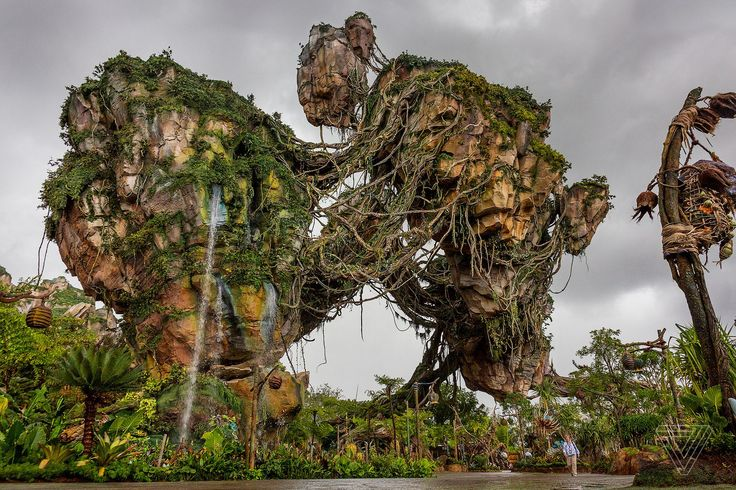 Walt Disney Imagineering and James Cameron have built a whole new world