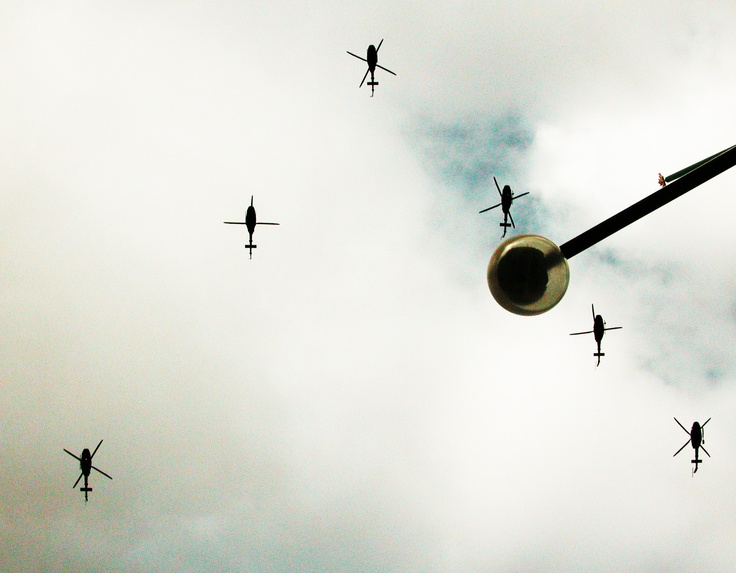 Missing Man formation Helicopter Flyover War Memorlal Ottawa, On November 11 2011