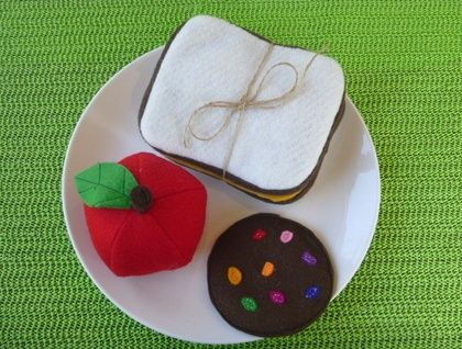 LUNCH+TIME+-+felt+food+playset