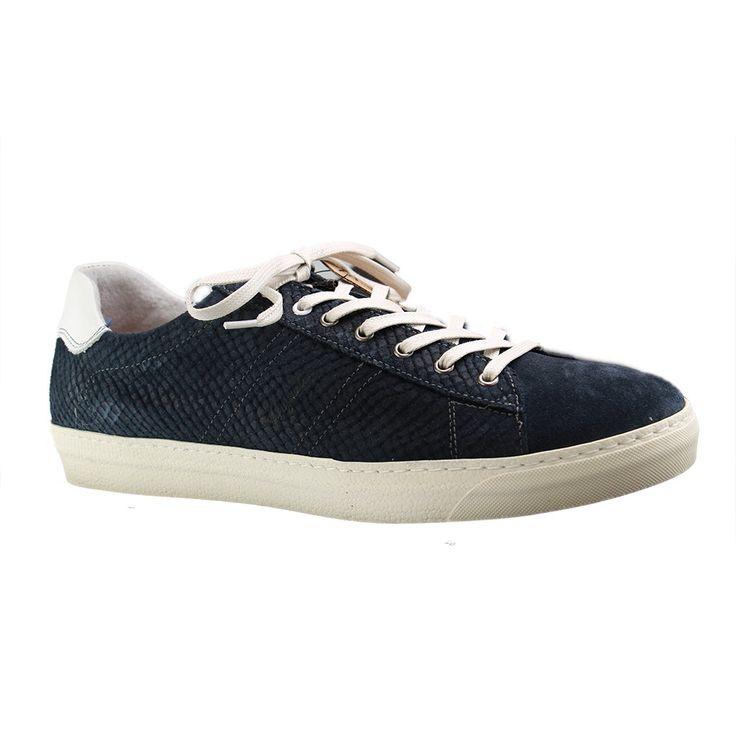 Seit 2012 gehören Herrenschuhe in Übergrößen von Australian zum Übergrößen-Angebot bei SchuhXL - siehe https://www.schuhxl.de/marken/australian-footwear/ hier ein Einblick die auf die aktuellen Modelle. Alle Schuhe gibt es natürlich im Webshop von SchuhXL in 48499 Salzbergen und ebenso im stationären Fachgeschäft für große Schuhe - Impressionen hierzu unter https://www.schuhxl.de/content/oeffnungszeiten-und-anfahrt/   #Schuhe #Übergrößen #Herren