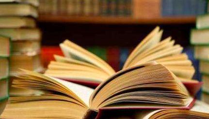 Η ικανότητα ενός ατόμου να «διαβάζει» τις σκέψεις και τα συναισθήματα των άλλων μπορεί να επηρεάζεται από το είδος μυθοπλασίας που επιλέγ...