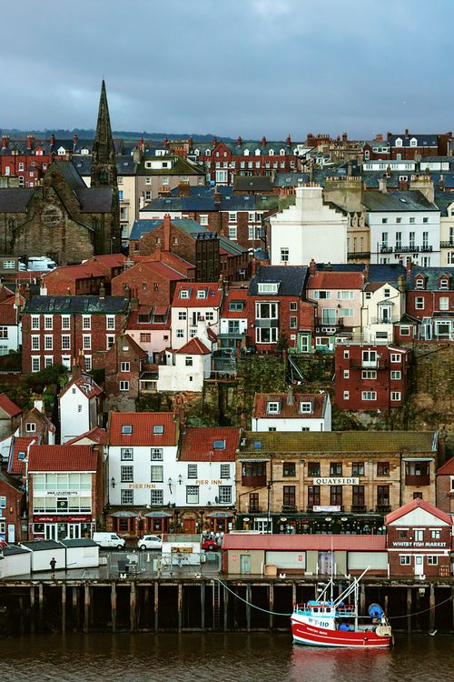 evocativesynthesis:  Sea View (by metrisk)  Whitby, North Yorkshire, England, UK