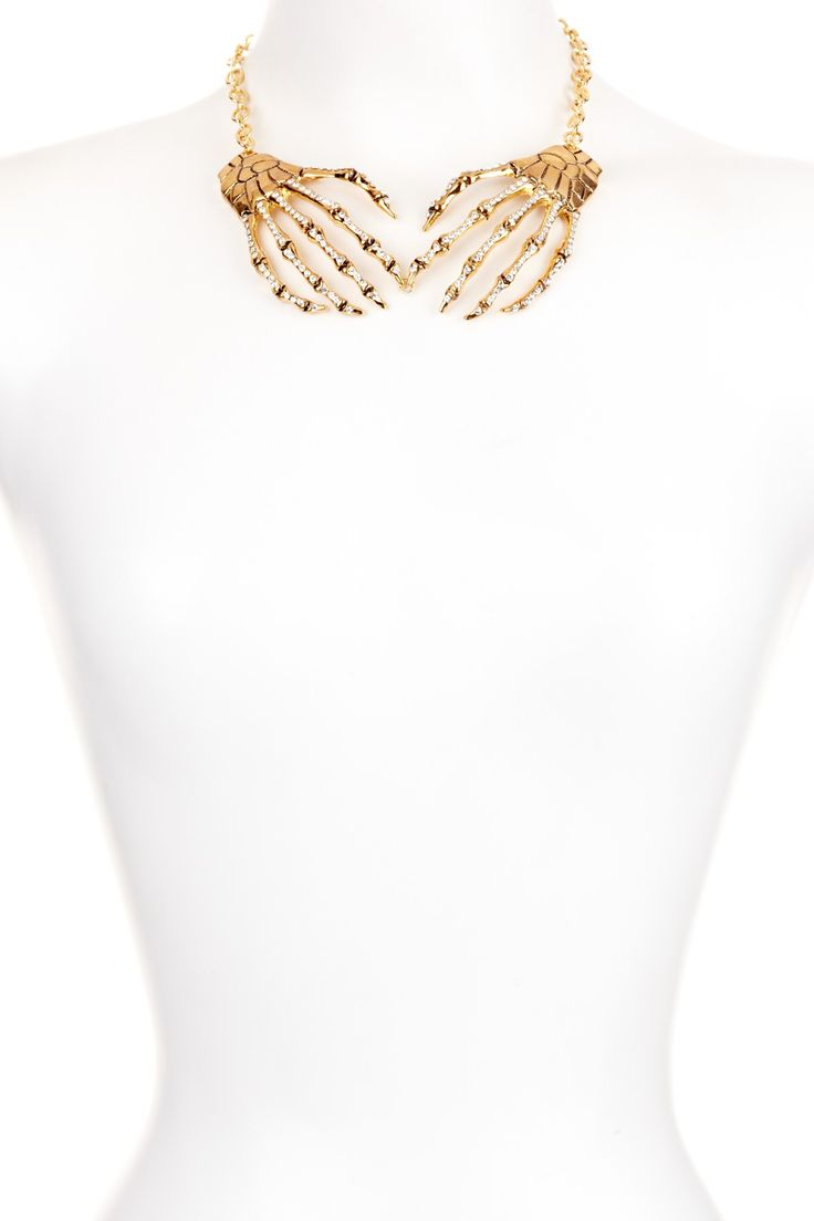 Meghan Fabulous Skeleton Hands Necklace