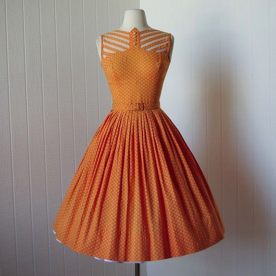 17 Best ideas about 1940s Dresses on Pinterest - 1940&-39-s fashion ...