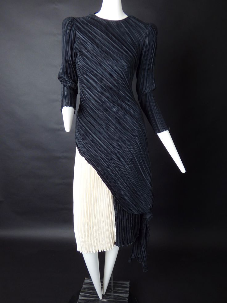 MARY MCFADDEN-1980s 2pc Pleat Cocktail Dress, Size-6