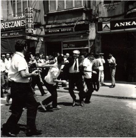 16 Temmuz 1968 Pavyondan Amerikan askerleri çıkartılır