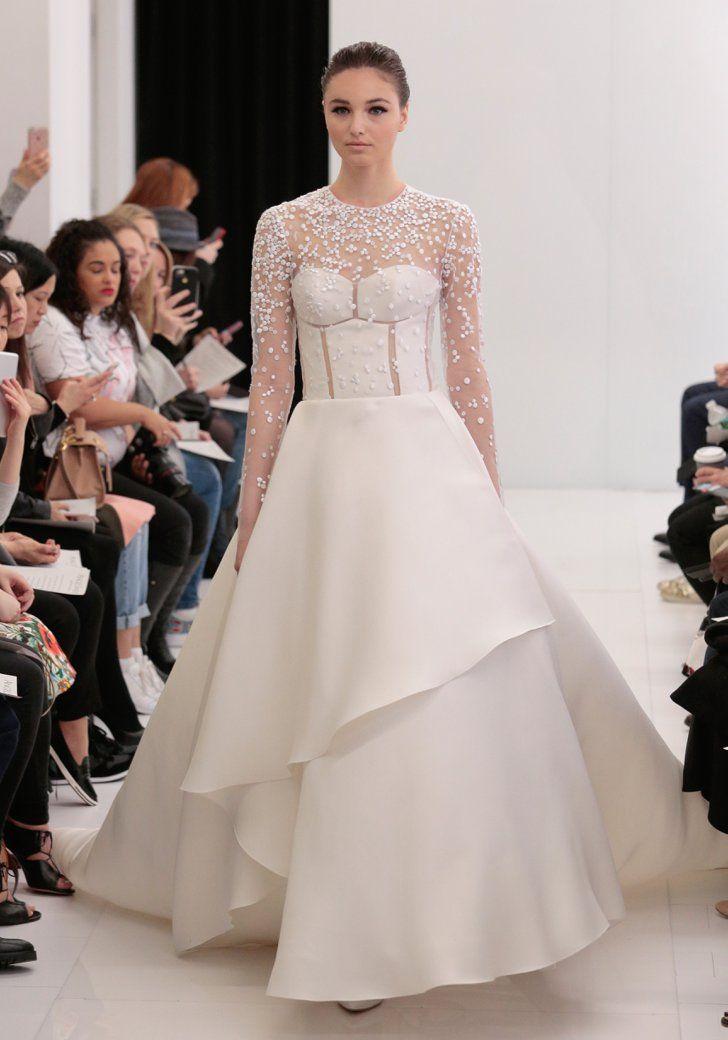 Pin for Later: Les 100 Plus Belles Robes de la Bridal fashion Week Printemps/Été 2017 Angel Sanchez Printemps/Été 2017