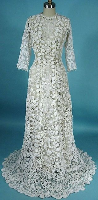 c. 1910 Irish Crochet Lace Gown. Front