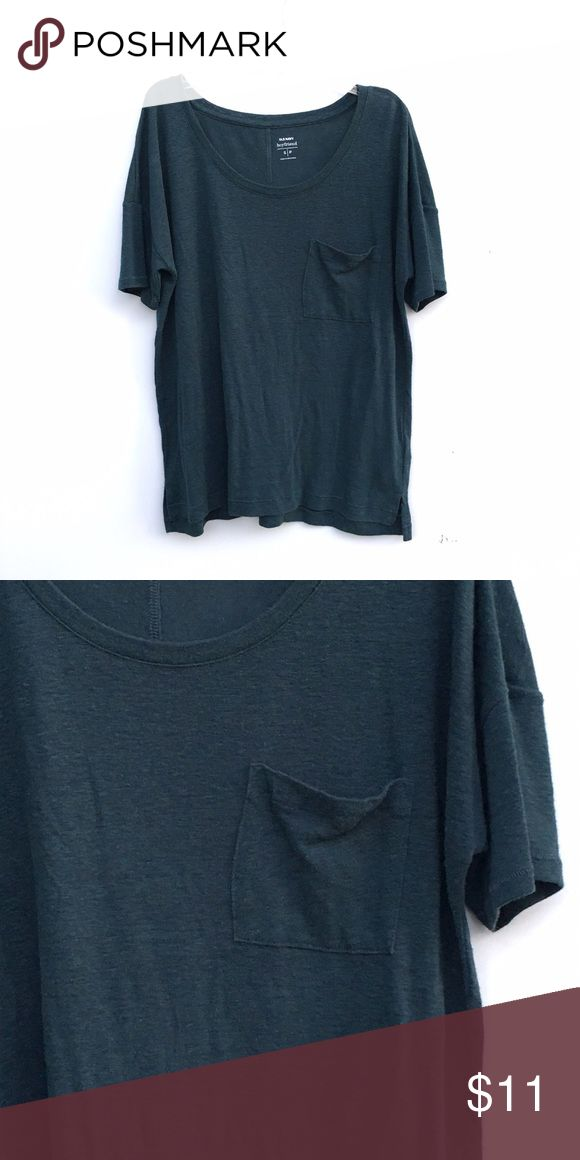 Dark Green Pocket Tee Dark forest green t-shirt with one pocket on the front of the shirt. Old Navy Tops Tees - Short Sleeve
