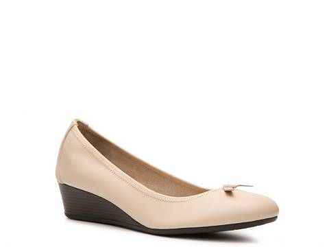 Hush Puppies Candid Leather Wedge Pump