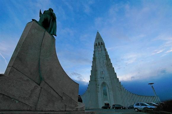 The Otherworldly Hallgrimskirkja in Iceland