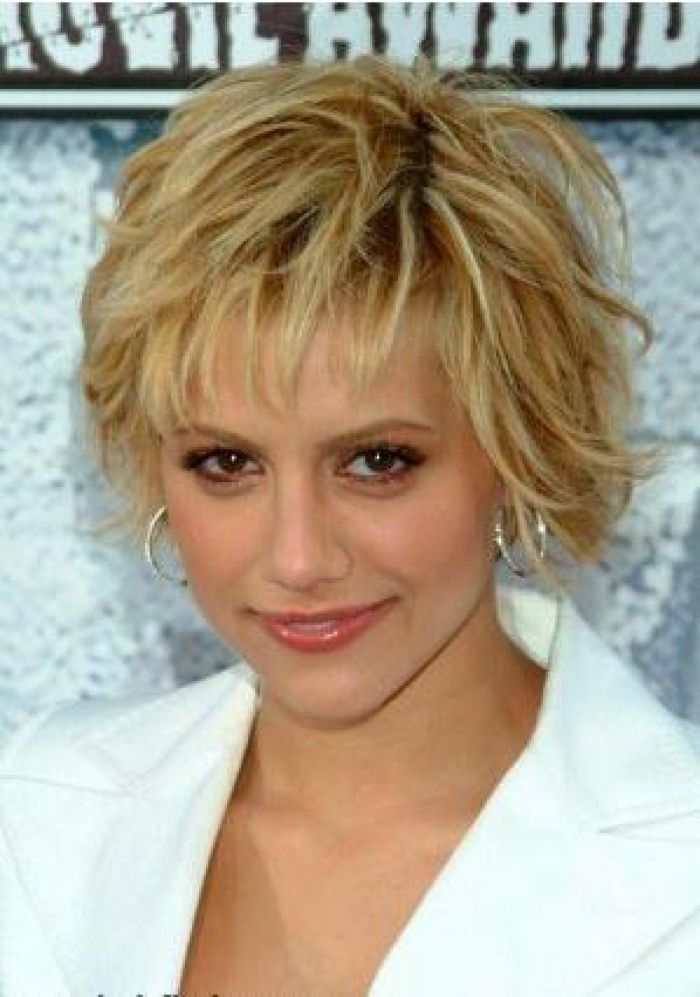 Short Shaggy Haircuts For Round Faces
