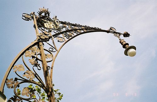 Street Lamps of Paris | BEAUTIFUL DETAIL (In the Work of the Skilled-Artisan) + Join Group