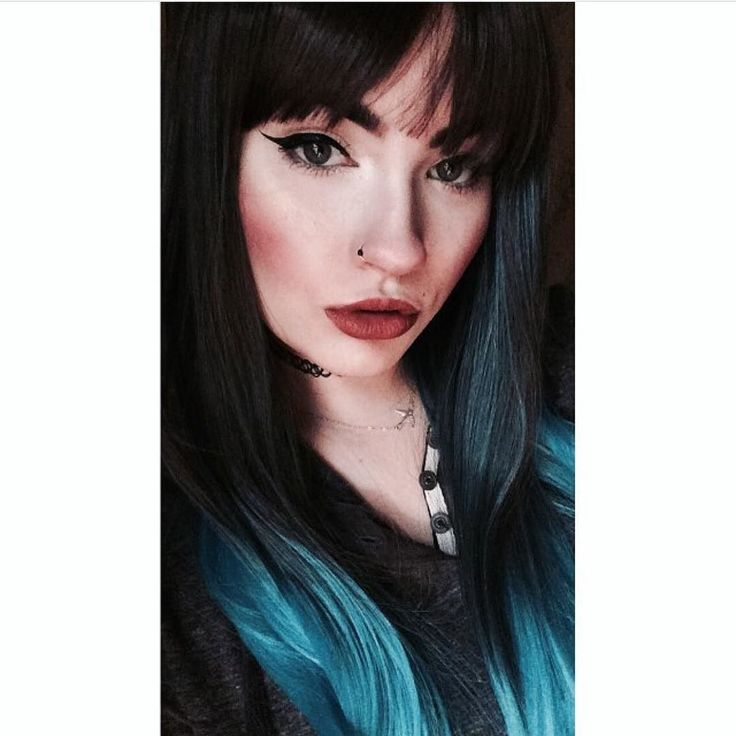 @shelbythepixie Looking awesome in her new Blue Moon wig  #lushwigsbluemoon #lushwigs #wig #ombrewig #ombrehair #wig #alternativehair #gorgeoushair Lushwigs.com  (link in bio)