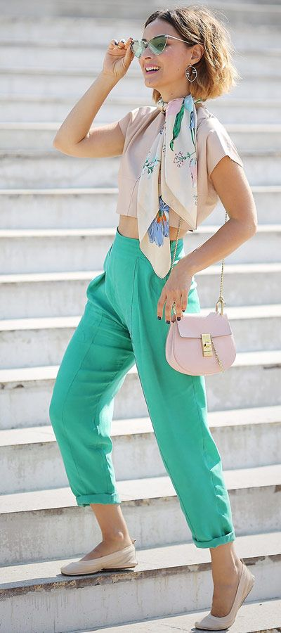 chloe drew bag outfits | green trousers outfits | Ellena Galant