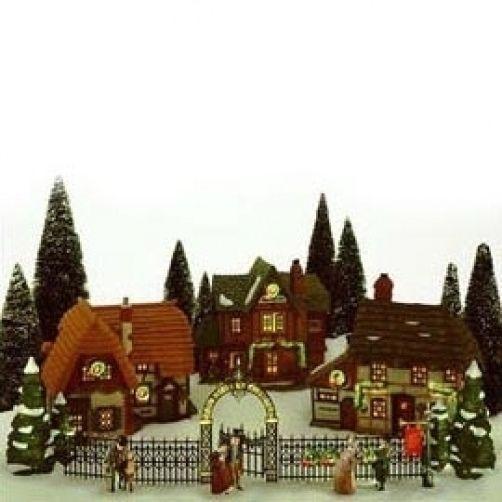 135 best Dicken's Village images on Pinterest | Christmas villages ...