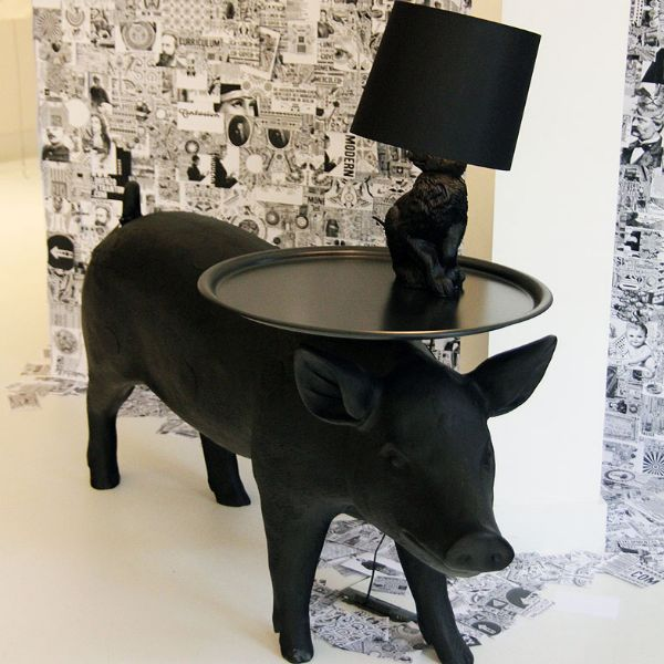 Moooi PigTable with RabbitLamp  #Design #interior  #homedecor #lamp   #blackinterior #furniture