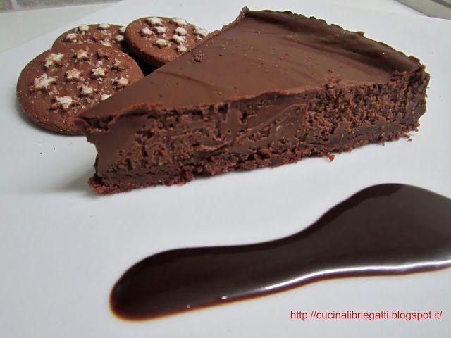 Cucina libri e gatti: Cheesecake cioccolato fondente e pan di stelle
