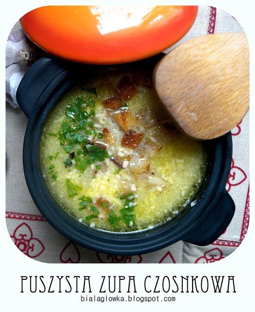 Puszysta zupa czosnkowa