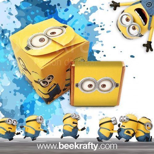 Cajitas con 5 minichocos de Minions. ¡También las personalizamos con lo que quieras! Consíguelas en www.beekrafty.com #beekrafty #minions #pasionporcrear