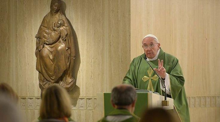 https://www.aciprensa.com/noticias/papa-francisco-el-estilo-del-cristiano-es-tener-misericordia-y-hacer-la-paz-con-los-demas-88590/