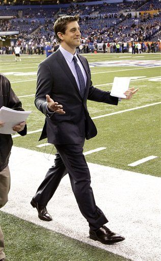 Aaron Rogers of The Pack *BRINGS IT* in a suit... nice. :)