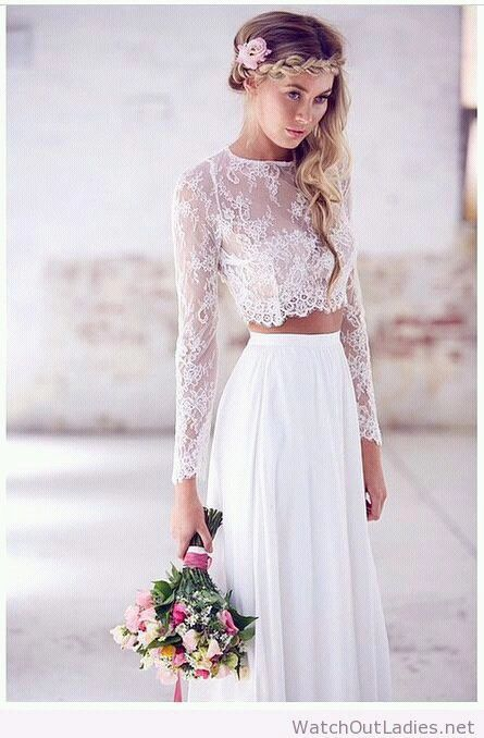 Long sleeve lace crop top with high waste skirt and hippie hair