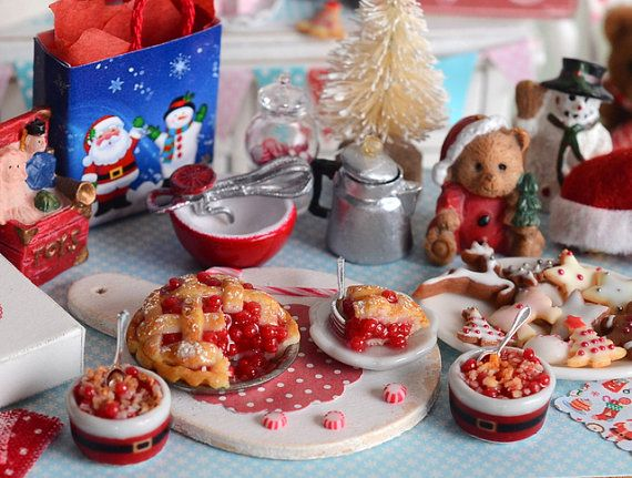 Miniatura Navidad tarta de cereza y conjunto de por CuteinMiniature