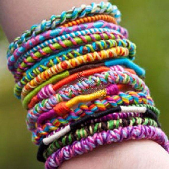 http://shop.handmadebynatalia.com/magazin_handmade_suceava/bijuterii-16/accesorii-bijuterii/accesorii-diverse/abj00344-elastice-impletit-bratari.html