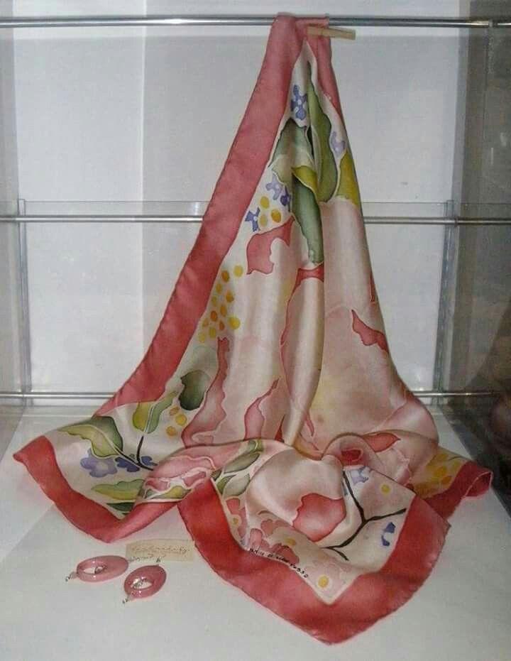 Foulard dipinto a mano su twill di seta by il giardino dell'acero rosso